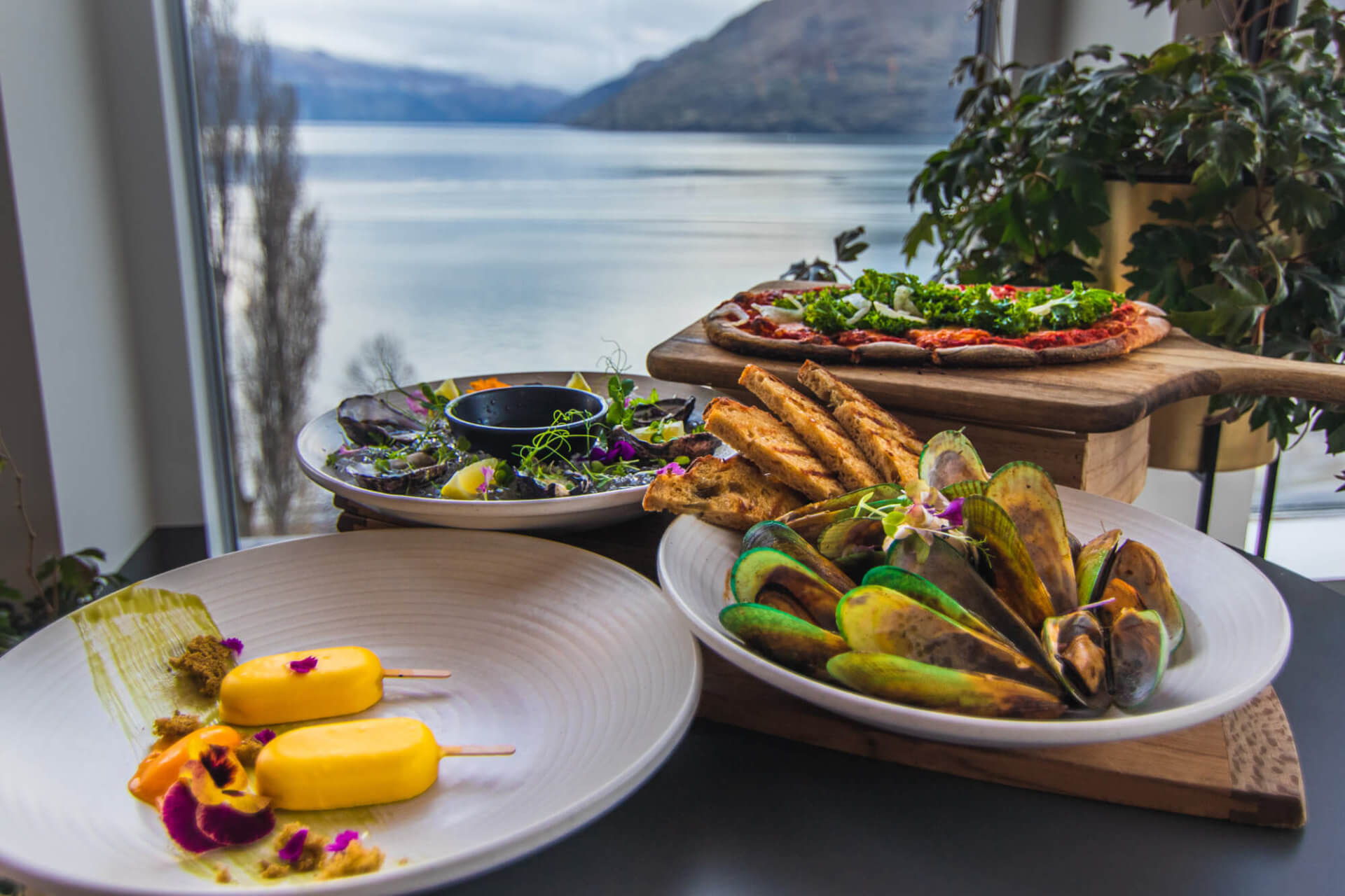 QT Hotel x Reds Bar Queenstown - New menu shoot. 2019