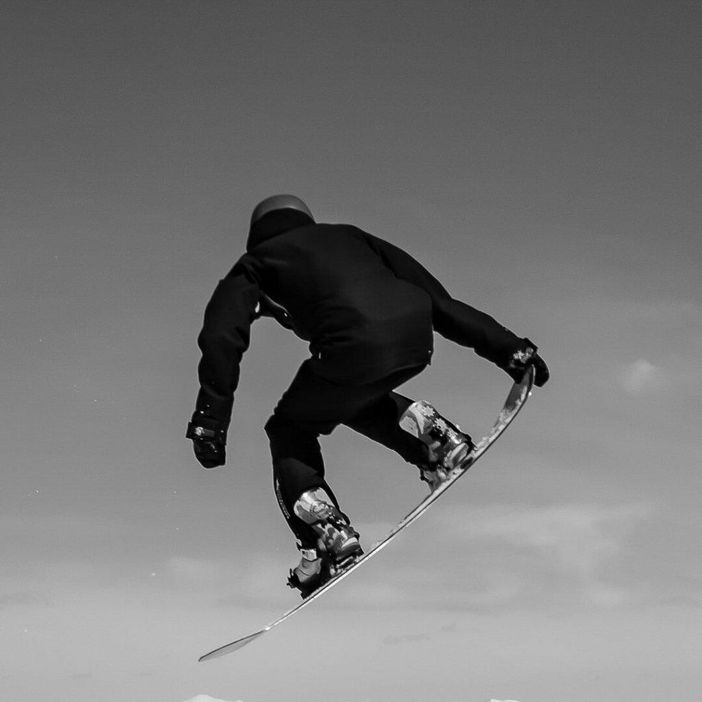 Khan Lonneker - Mountain Sports and Lifestyle. 2019
